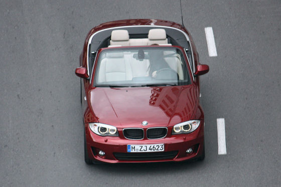 bmw 1 series coupe and convertible lci facelift spied at photoshoot. Black Bedroom Furniture Sets. Home Design Ideas