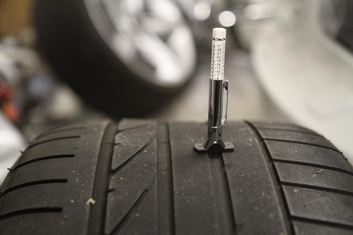 how to find the puncture in tyre