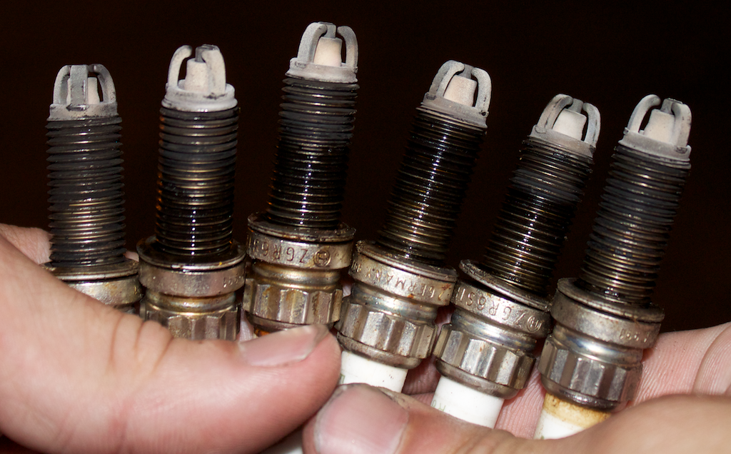DIY: Let's change spark plugs!