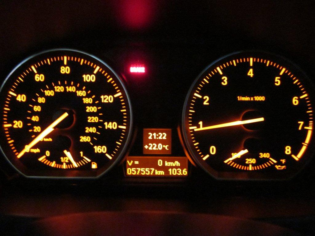 Diy how to check your oil level wo idrive name img6234g views 50947 size 1041 kb buycottarizona Image collections