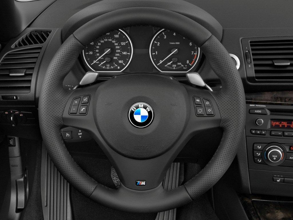 m3 steering wheel on 135i. Black Bedroom Furniture Sets. Home Design Ideas