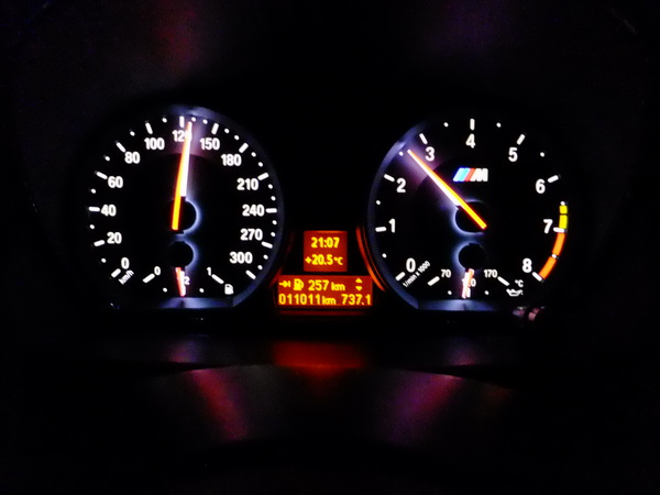 MPH in Speedometer cluster & Time/Date - BMW 1 Series Coupe