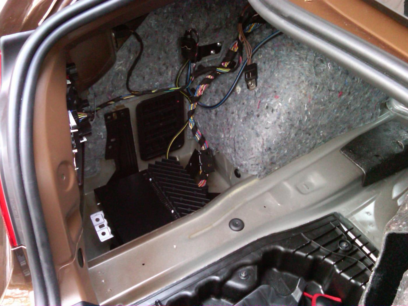 Wheres My Factory Amp E39 Wiring Attached Images