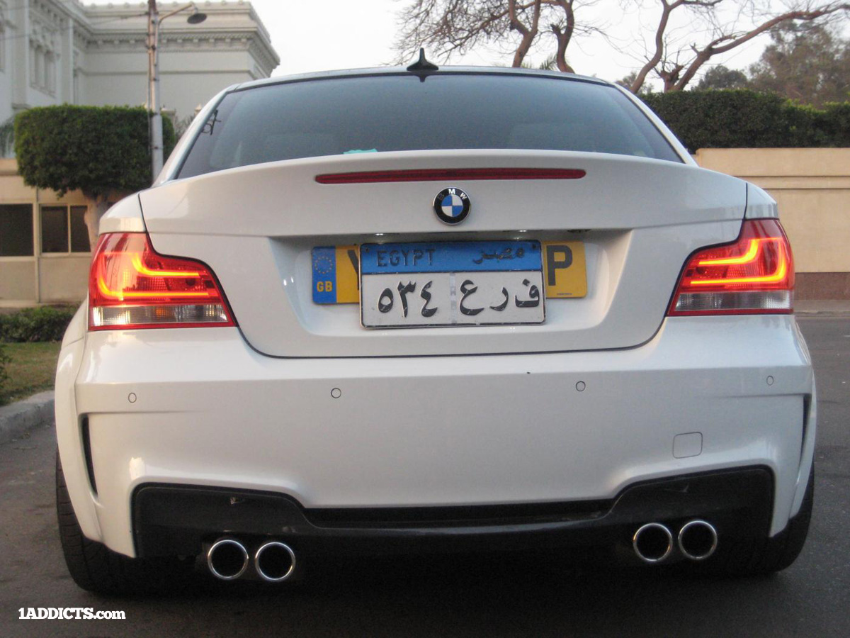 BMW E82 converted to 1M with V8 S65