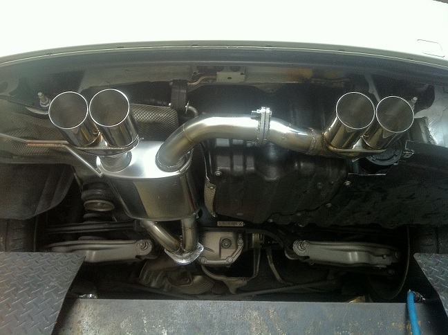 2009 bmw 135i exhaust