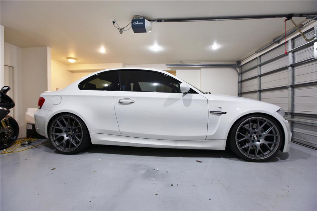 Alpine White 1m Looks Great On Black Bbs Wheels