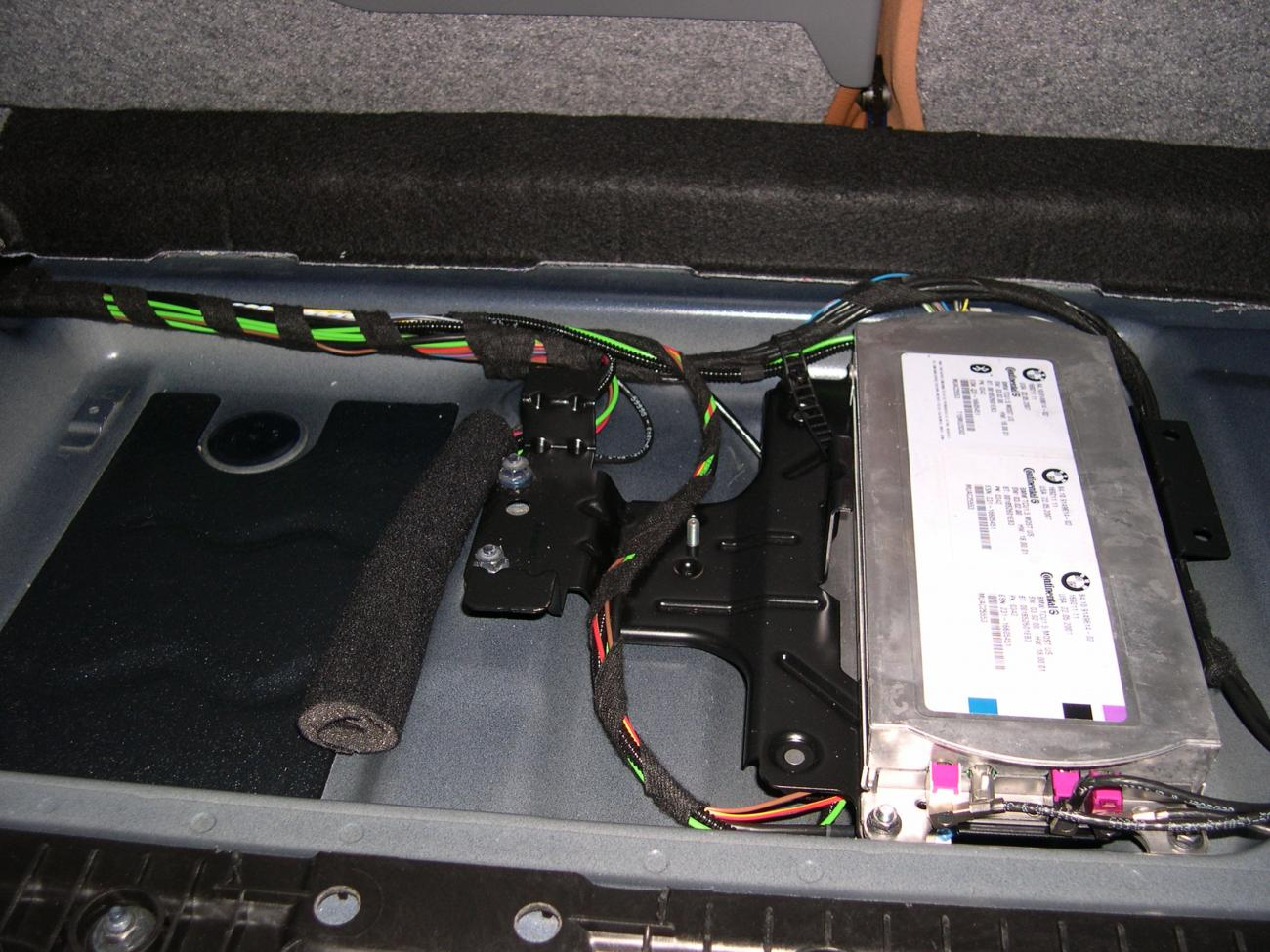06 Bmw 325xi Fuse Box Diagram Manual Of Wiring 325i 335i Battery Location Get Free Image About 2006 E90 Layout