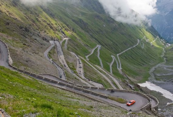 Name:  stelvio-pass.jpg