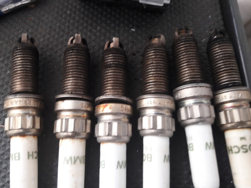 Name:  spark plugs mine II 20170524_131028.jpg