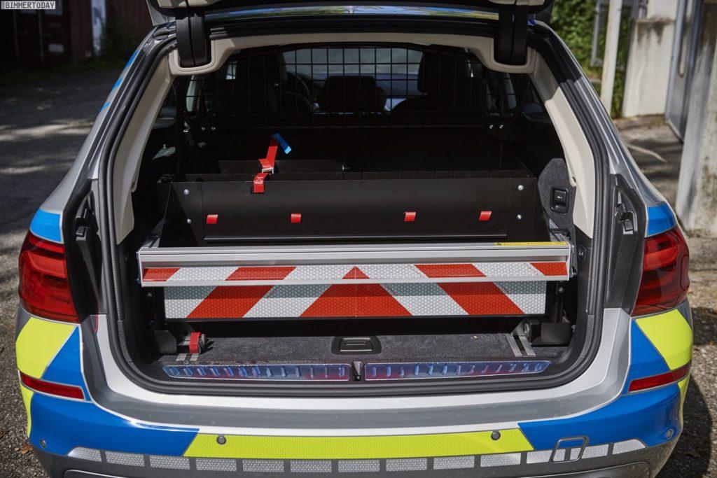 Name:  polizei  3 BMW-5er-Touring-G31-Polizei-Einsatzfahrzeug-2017-07-1024x683.jpg Views: 65 Size:  119.9 KB