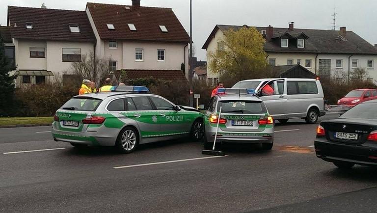 Name:  polizei crash.jpg Views: 64 Size:  98.9 KB