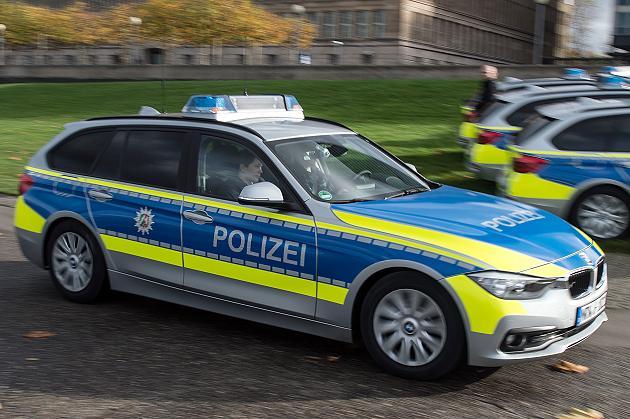 Name:  Polizei   nrw-polizei-steigt-a-47252488.jpg Views: 66 Size:  58.3 KB