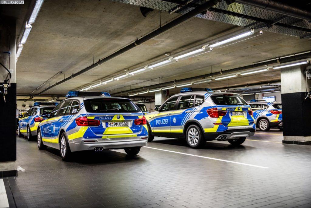Name:  Polizei   BMW-Polizei-Fahrzeuge-fuer-Bayern-2016-BMW-Welt-Keller-04-1024x683.jpg Views: 63 Size:  137.7 KB