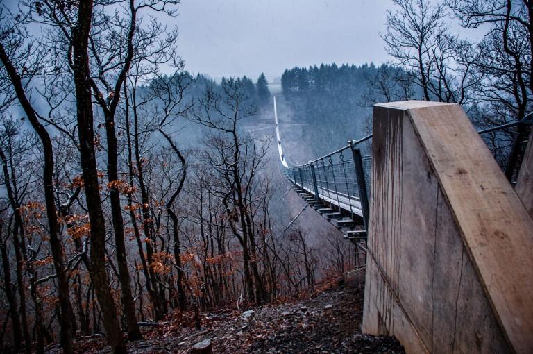 Name:  suspension bridge hängeseilbrücke geierlay  0407-Gemma-Geierlay-Germany's-Longest-Suspension-Bri.jpg Views: 3279 Size:  170.0 KB