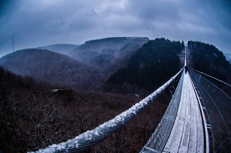 Name:  suspension bridge hängeseilbrücke geierlay  0414-Gemma-Geierlay-Germany's-Longest-Suspension-Bri.jpg Views: 3074 Size:  110.8 KB