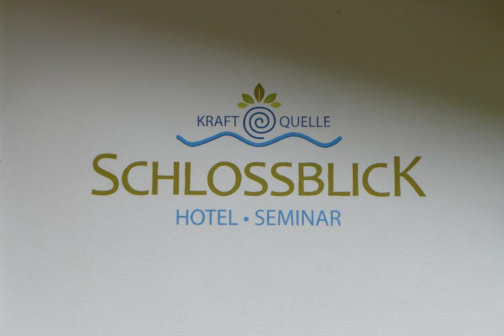 Name:  schloss Blick Hotel Kufstein   P1000990.jpg Views: 2332 Size:  144.2 KB
