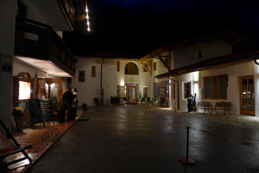 Name:  SchlossBlick Hotel near Kufstein, AustriaP1000934.jpg Views: 2295 Size:  140.4 KB