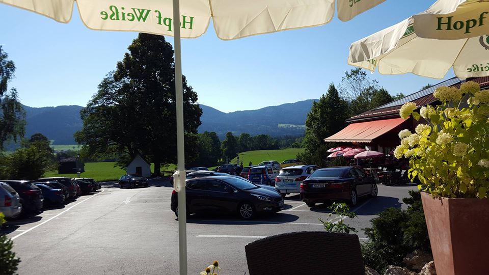 Name:  Winklstüberl Cafe   49923567_7779720959410775377_n.jpg Views: 2427 Size:  94.0 KB