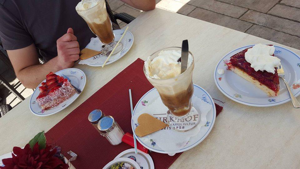 Name:  Winklstüberl Cafe   11220081_10153484950263567_1219844606769862688_n.jpg Views: 2122 Size:  98.5 KB