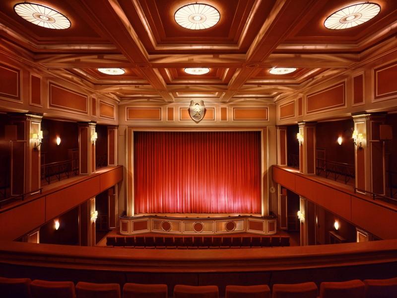Name:  sendlinger-tor filmtheater-1.jpg Views: 2310 Size:  118.3 KB