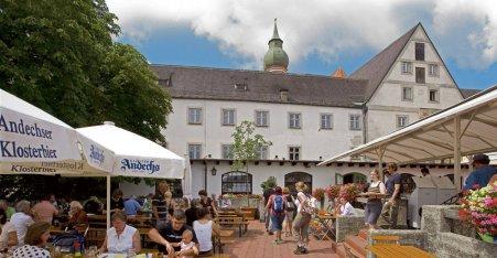 Name:  Kloster Andrechs  10_by_andechs_kloster_biergarten_roland_rossner_3_452x.jpg Views: 1821 Size:  33.9 KB