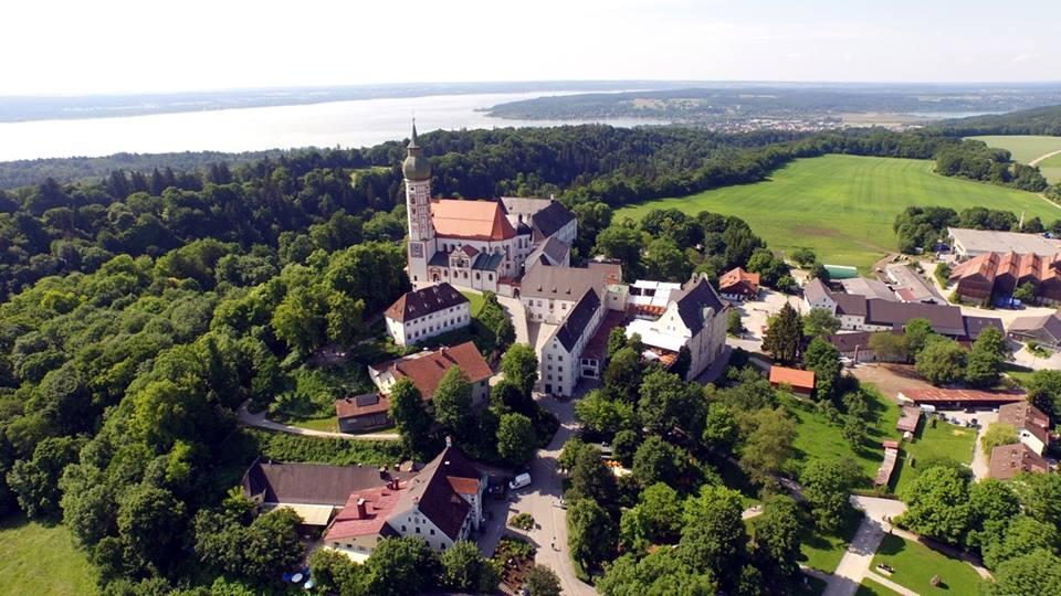 Name:  Kloster Andrechs11406952_10153334956172383_5282984285131791715_n.jpg Views: 2247 Size:  101.7 KB