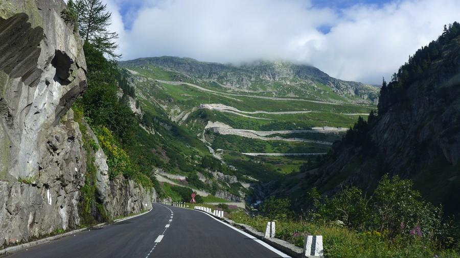 Name:  Furka Pass  P1080474.jpg Views: 1525 Size:  181.5 KB