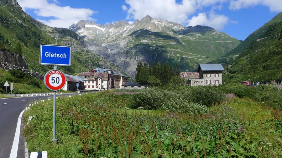 Name:  Furka Pass Gletsch P1080432.jpg Views: 1514 Size:  228.8 KB