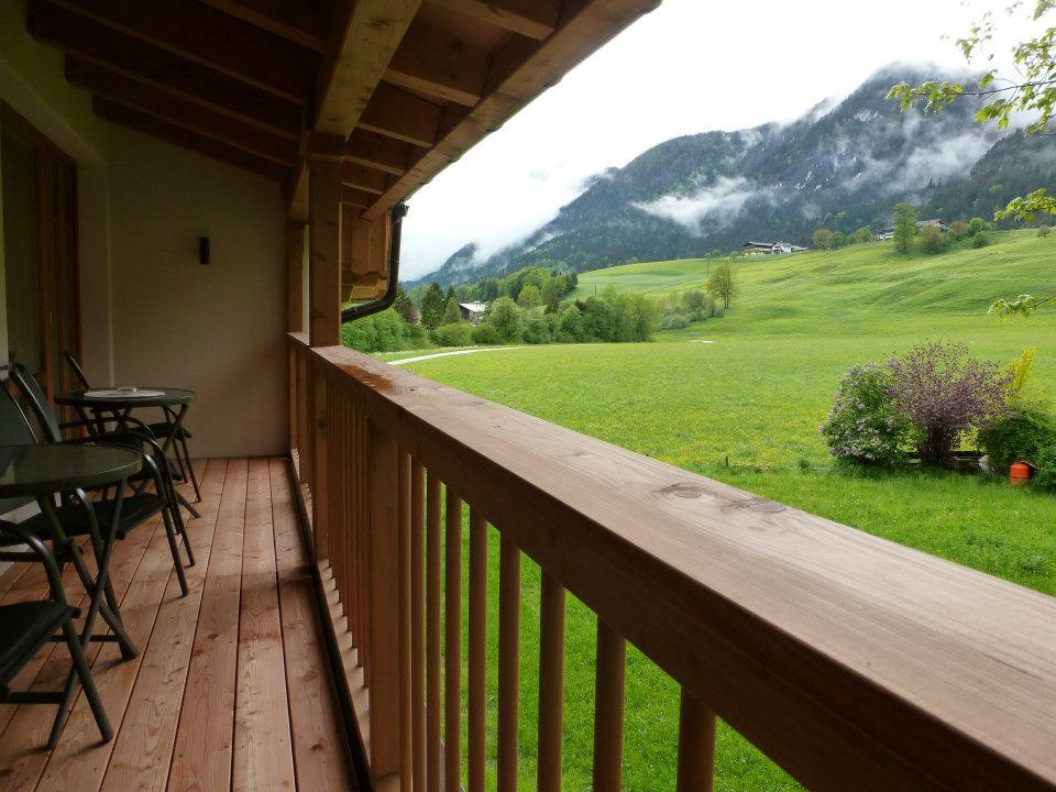 Name:  SchlossBlick Hotel near Kufstein, Austria599462_10151643354386171_1357125858_n.jpg Views: 2340 Size:  101.0 KB