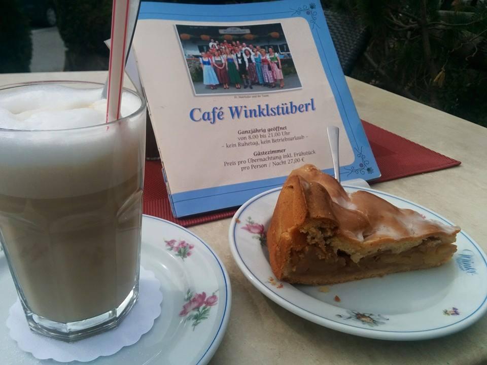 Name:  Winklstüberl.jpg Views: 1844 Size:  67.5 KB