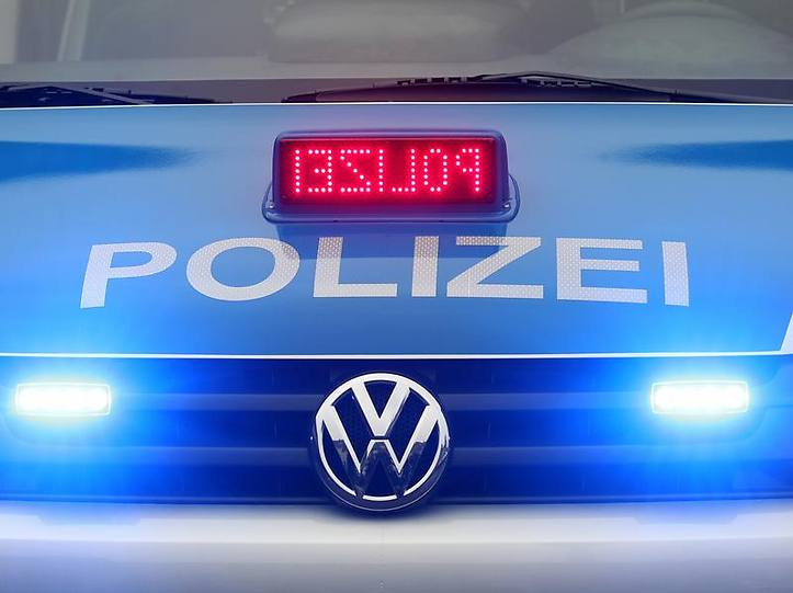 Name:  polizei blaulicht.jpg Views: 2878 Size:  37.3 KB