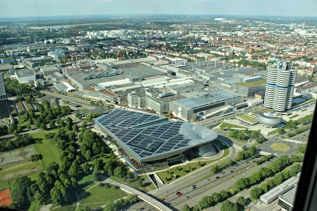 Name:  BMW Welt and Museum and WERK  IMG_8928.jpg Views: 2259 Size:  179.6 KB