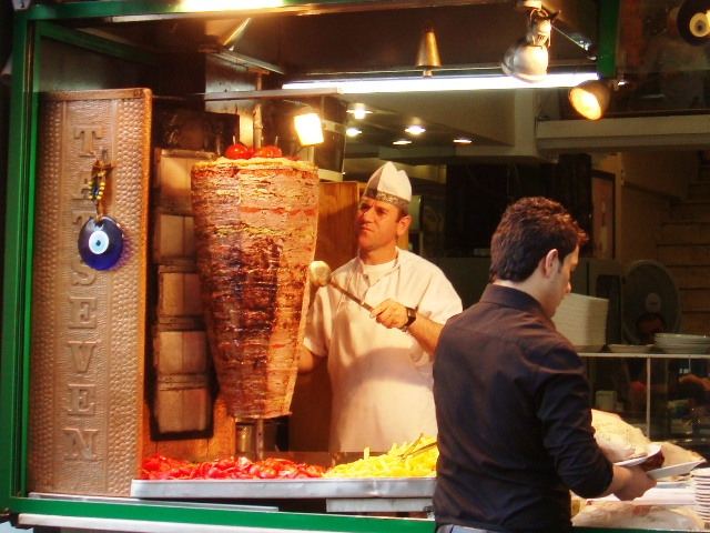 Name:  Doner_kebab,_Istanbul,_Turkey.JPG Views: 2148 Size:  153.4 KB
