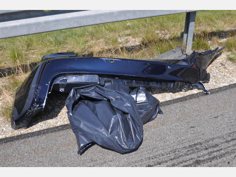 Name:  682432481-unfall-a94-lkw-heck_9.jpg Views: 1561 Size:  51.5 KB