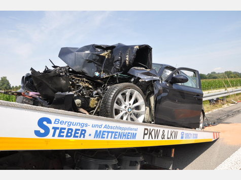 Name:  702078462-unfall-a94-lkw-heck_9.jpg Views: 2200 Size:  38.4 KB