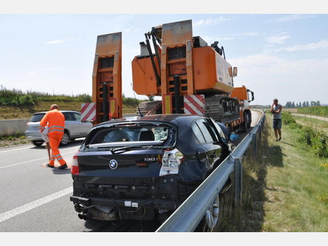 Name:  1623141245-unfall-a94-lkw-heck_9.jpg Views: 2159 Size:  41.0 KB