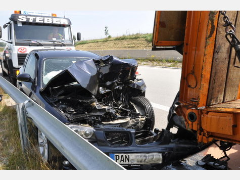 Name:  1868266147-unfall-a94-lkw-heck_9.jpg Views: 2469 Size:  50.2 KB