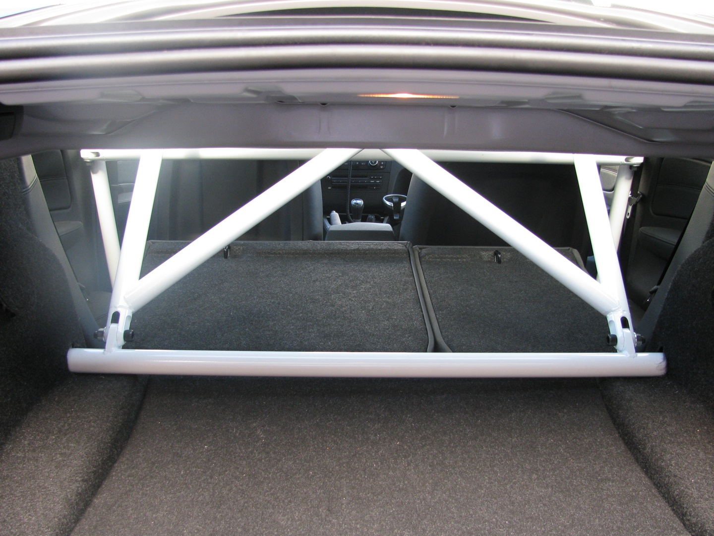 Name:  BRR 135i trunk view small.jpg Views: 10458 Size:  455.1 KB