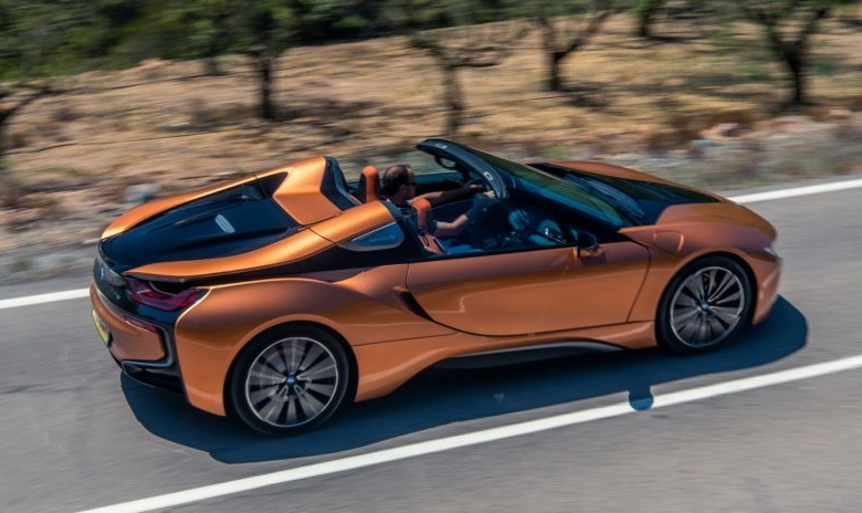 Name:  2019-BMW-i8-Roadster-44-780x464.jpg