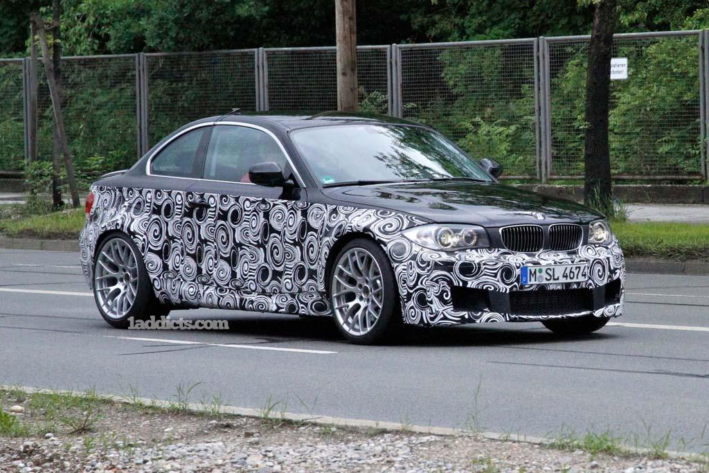 Name:  BMW_M1 2.jpg Views: 13030 Size:  183.4 KB