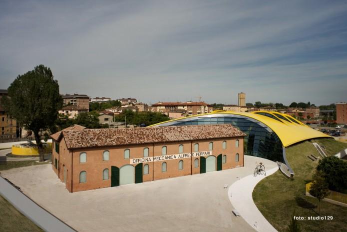 Name:  MuseoCasaEnzoFerrari_044-Copia-695x464.jpg Views: 561 Size:  73.2 KB