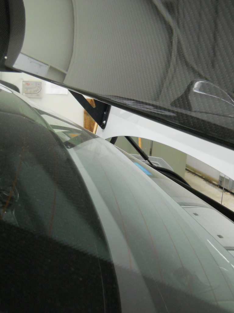 Name:  W7 Wing to Glass Clearance.jpg Views: 1368 Size:  216.7 KB