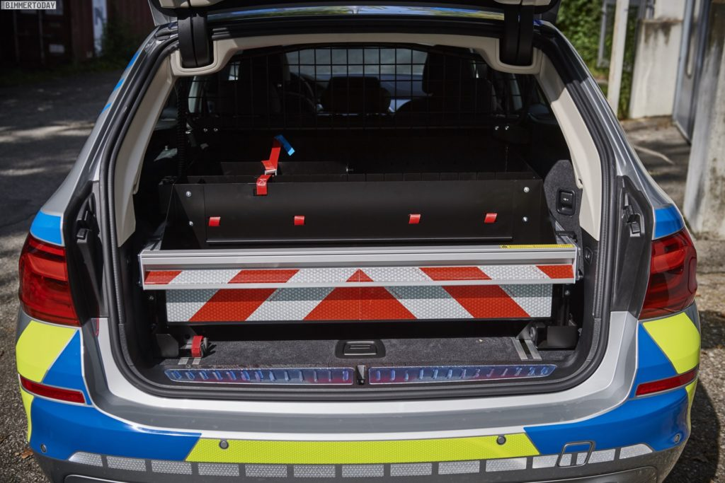 Name:  polizei  3 BMW-5er-Touring-G31-Polizei-Einsatzfahrzeug-2017-07-1024x683.jpg Views: 76 Size:  119.9 KB
