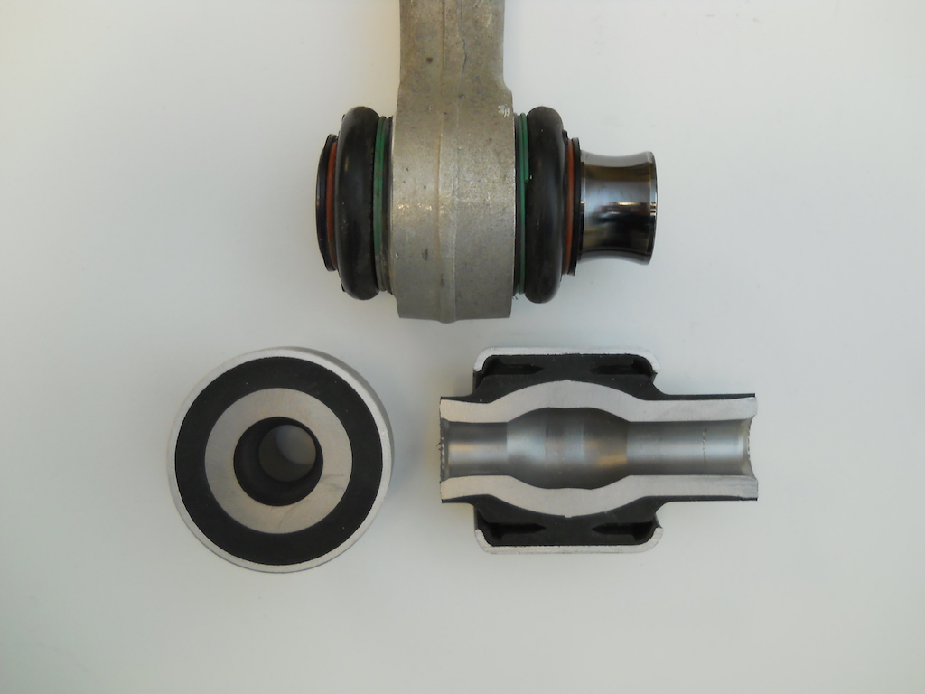 Name:  6 Bushing Sections vs M3.JPG