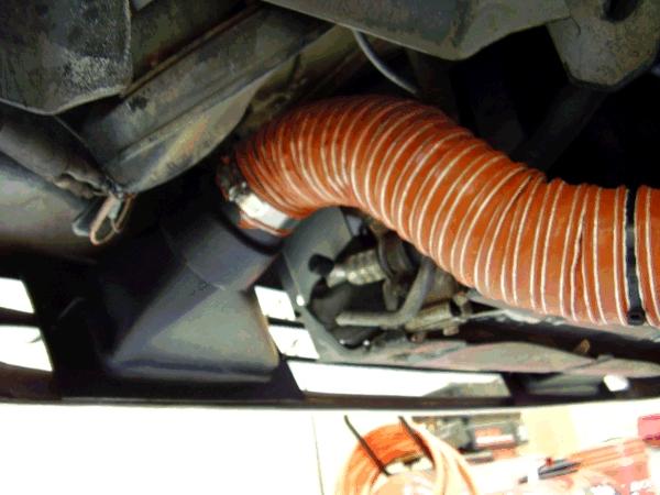 Name:  Porsche_944_air_scoop_installed_2_600.jpg Views: 1461 Size:  199.6 KB