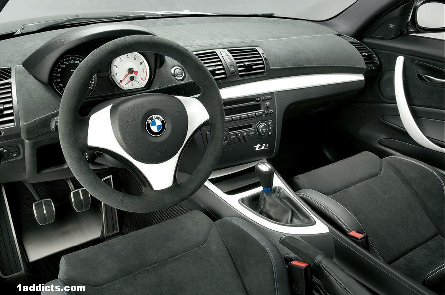 E92 Alcantara Steering Wheel